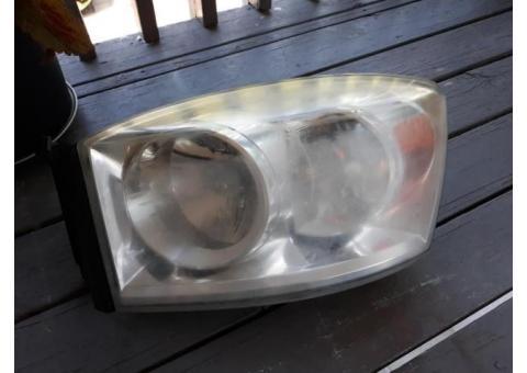 headlight set