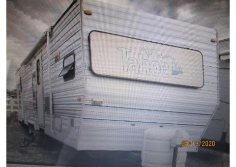 TAHOE 32 foot travel trailer