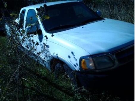 '97 F150 lariat extended cab 3-door.  mechanics special.
